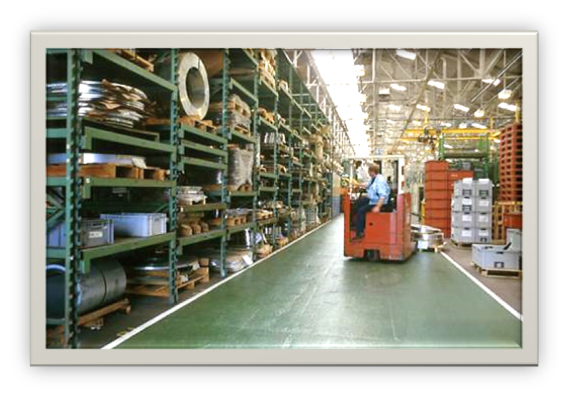 With +2,500 pallets and over 68,000 square feet of storage space, Jet Mail supports its clients with customized online portals to manage your inventory & orders.